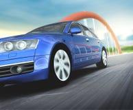Błękitny samochód w drogowym asfalcie Zdjęcie Royalty Free