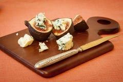 Błękitny ser i świeże figi Zdjęcia Stock