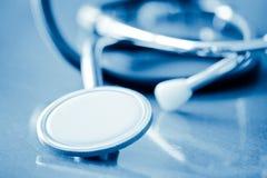 błękitny stetoskop obraz stock