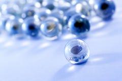 Błękitny szkło wykładać marmurem piłki Fotografia Royalty Free