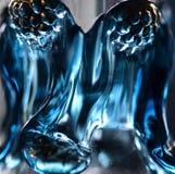 Błękitny szklany dekantatoru szczegół--makro- zdjęcie stock