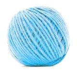 Błękitny tradycyjny gejtaw, szydełkowa przędzy piłka odizolowywająca na białym tle Fotografia Stock