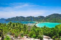 Błękitny widok na ocean punkt Przy Phi Phi wyspą Tajlandia Zdjęcie Royalty Free