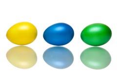 błękitny zbliżenia Easter jajek zielony kolor żółty obraz stock
