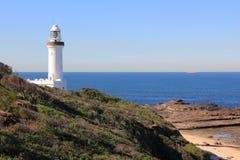 błękitny zbocza latarni morskiej oceany biały Obrazy Royalty Free