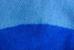 Błękitnych szarość tkaniny tekstura woolen koc obrazy stock