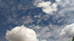 Bławy niebo z chmurą Zdjęcia Royalty Free