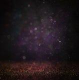 Błyskotliwość rocznik zaświeca tło lekki srebro, złoto, purpury i czerń, defocused zdjęcia royalty free