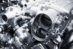 Błyszczące motorowe części, V12 silnik, zbliżenie fotografia zdjęcia stock