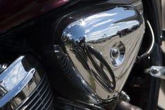 Błyszczący chromu motocyklu parowozowego bloku siekacz zdjęcia stock