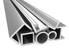 Błyszczący staczający się metali stalowi produkty na bielu Zdjęcie Stock