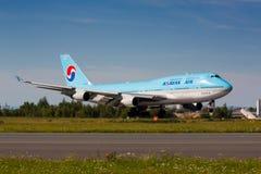 B747韩航 免版税库存图片