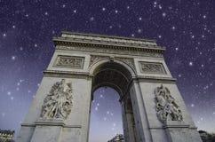 båge de natt över paris starry triomphe Royaltyfri Foto