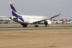 B 787 8. Aviacion militar y civil Stock Photography
