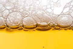 bąbelki piwa. Zdjęcie Royalty Free