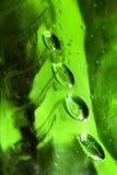 bąbli kropel szmaragdowej zieleni woda Obraz Royalty Free