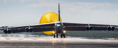 B52 bomber landing Royalty Free Stock Photos