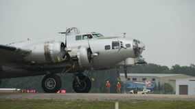 B-29 bombowiec taxiing zbiory