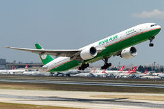 B-16713 Eva Air, Boeing 777-300ER fotografia stock libera da diritti