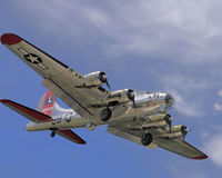 B-17 Flying Fortress coming in for a landing Royalty Free Stock Image
