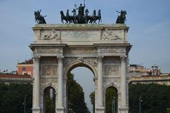 B?ge av fred i Milan, Italien fotografering för bildbyråer
