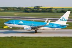 B737 KLM Royaltyfria Bilder