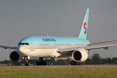 B777 Korean Air Arkivbild