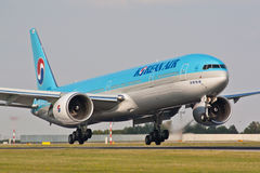 B777 Korean Air royalty free stock photography
