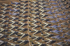 B-52航空器,戴维斯Montham波普空军基地,图森,亚利桑那的领域 免版税库存图片