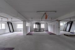 B?ro-Raum ist unter Erneuerung oder im Bau lizenzfreies stockfoto