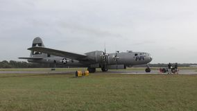 B-29 WW2 bommenwerper stock video