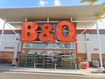 B y tienda de Q Imagen de archivo libre de regalías