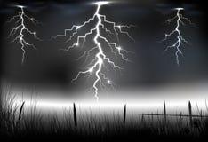 Błyskawicowa burza z ciemnym tłem dalej ilustracja wektor