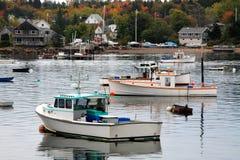 Baß-Hafen-Boote Stockbilder