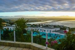 Baía África do Sul de Mossel no por do sol fotos de stock