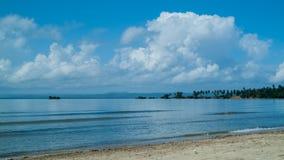 Baía azul bonita Fotos de Stock Royalty Free