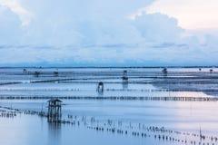 Baía bonita Samut Songkhram do benefício do golpe Ta do ponto de opinião do nascer do sol imagens de stock royalty free