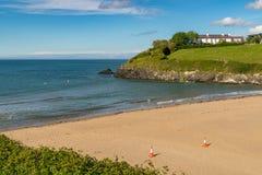 Baía de Aberporth, Ceredigion, Dyfed, Gales, Reino Unido imagens de stock royalty free