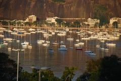 Baía de Botafogo e neiborhood de Urca fotos de stock