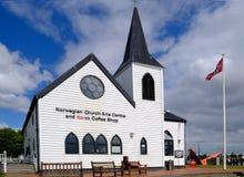 Baía de Cardiff, Cardiff, Gales - 20 de maio de 2017: Igreja norueguesa e foto de stock