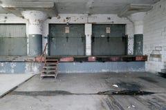Baía de carga de deterioração Fotografia de Stock Royalty Free