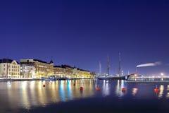 Baía de Helsínquia na noite imagem de stock royalty free