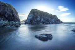 Baía de Holywell em Cornualha Reino Unido Inglaterra imagens de stock royalty free