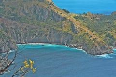 A baía de Ieranto na península do ` s de Sorrento Imagem de Stock