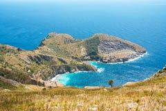 A baía de Ieranto na península do ` s de Sorrento Fotos de Stock