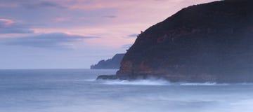 Baía de Maingon no crepúsculo Imagem de Stock Royalty Free