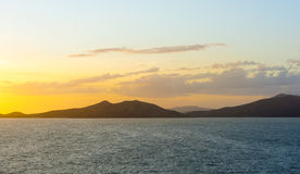 Baía de Noumea do por do sol Imagem de Stock Royalty Free