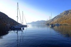 Baía de Palionisos na ilha de Kalymnos Imagem de Stock Royalty Free