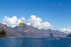 Baía de Queenstown, Nova Zelândia Imagens de Stock Royalty Free