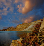 Baía de Tikhaya, Crimeia, perto de Feodosiya Imagem de Stock
